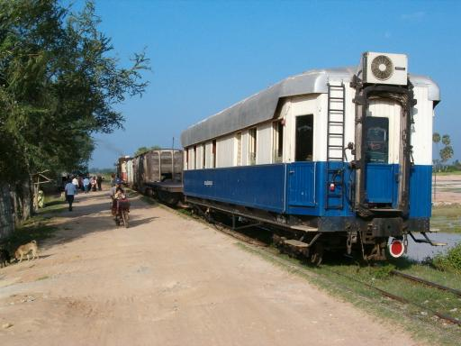 ▼カンボジア鉄道は車両の老巧化や鉄道施設の荒廃により全く運転されていな... クアラルンプル⇒北